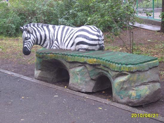 Скамеечки николаевский зоопарк